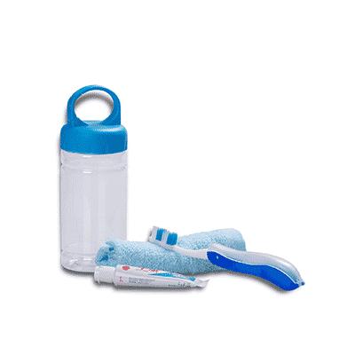 Giftsdepot-Travel-Toiletries-Set-view-blue
